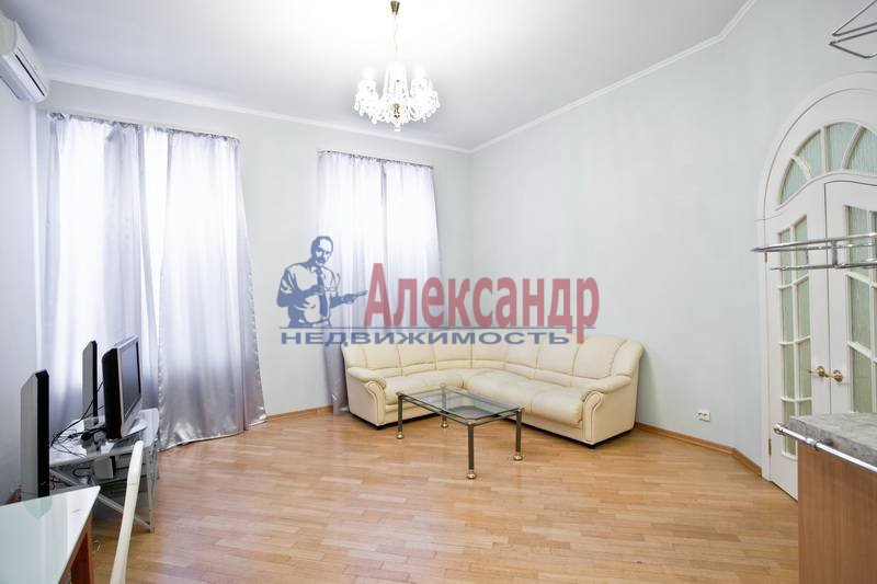 3-комнатная квартира (75м2) в аренду по адресу Большая Конюшенная ул., 6— фото 8 из 10