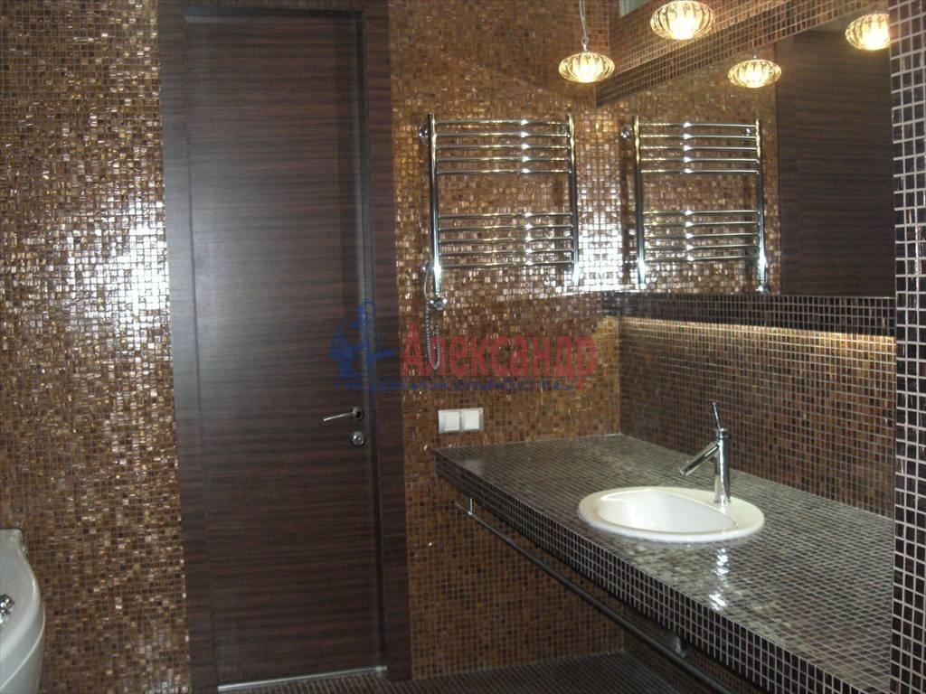 3-комнатная квартира (85м2) в аренду по адресу Новочеркасский пр., 33— фото 3 из 9