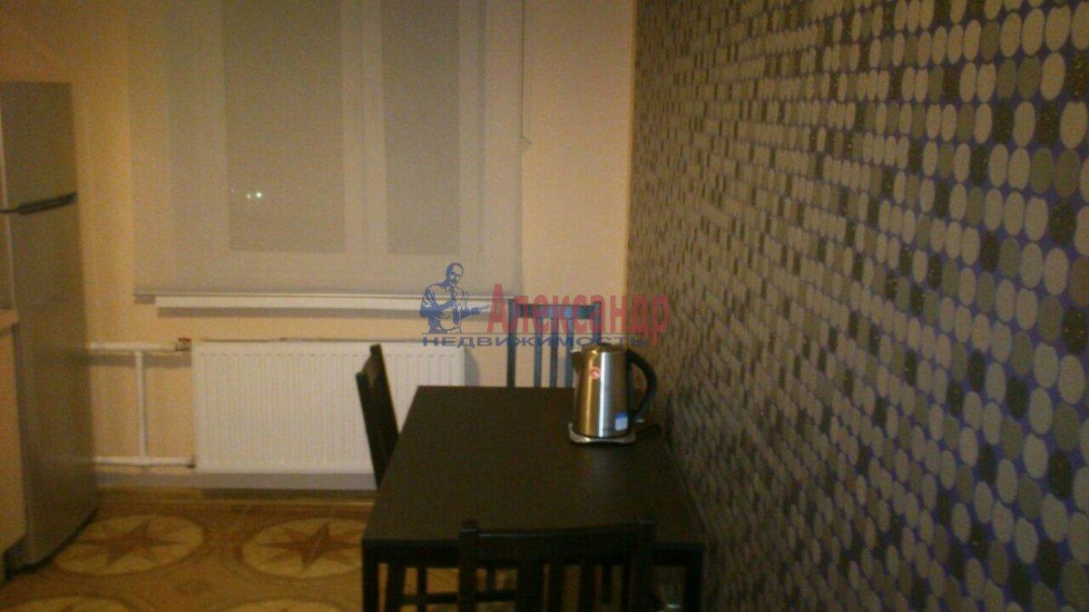 1-комнатная квартира (43м2) в аренду по адресу Комендантский пр., 12— фото 4 из 5