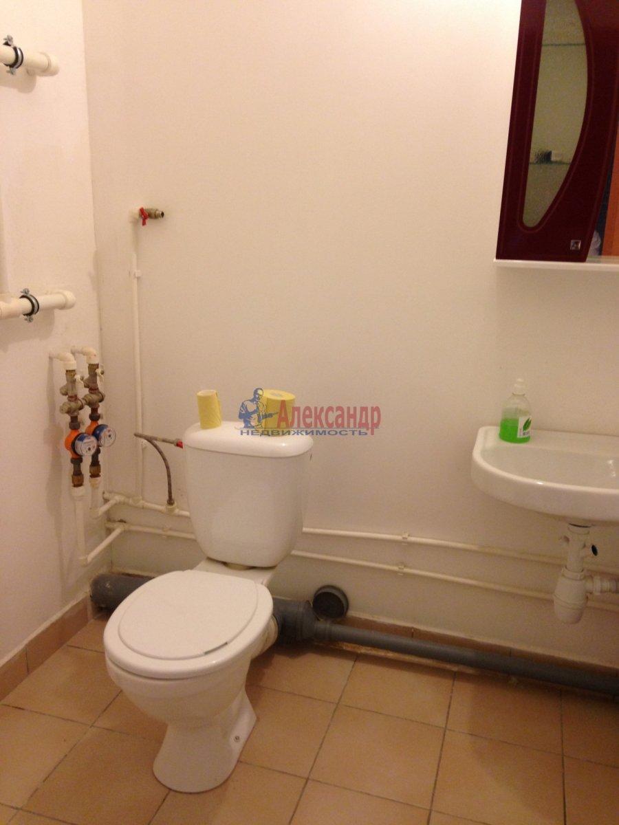 1-комнатная квартира (38м2) в аренду по адресу Героев пр., 24— фото 4 из 6