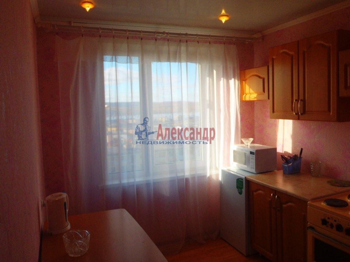 1-комнатная квартира (44м2) в аренду по адресу Будапештская ул.— фото 2 из 4