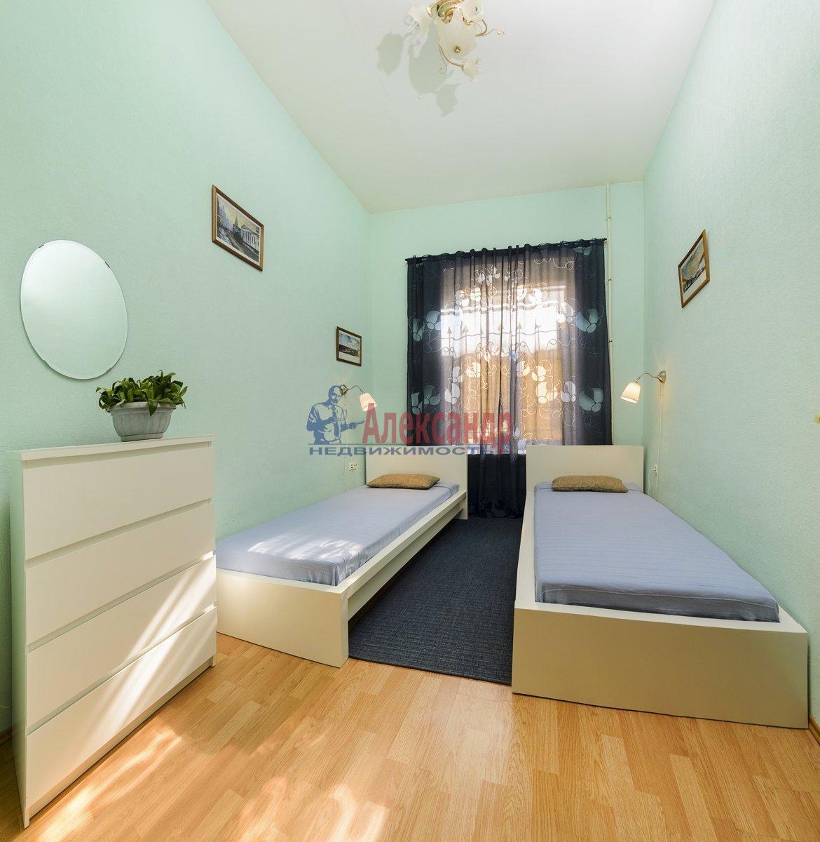 3-комнатная квартира (100м2) в аренду по адресу Малая Конюшенная ул., 10— фото 3 из 10