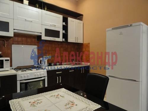 2-комнатная квартира (60м2) в аренду по адресу Лермонтовский пр., 30— фото 2 из 13