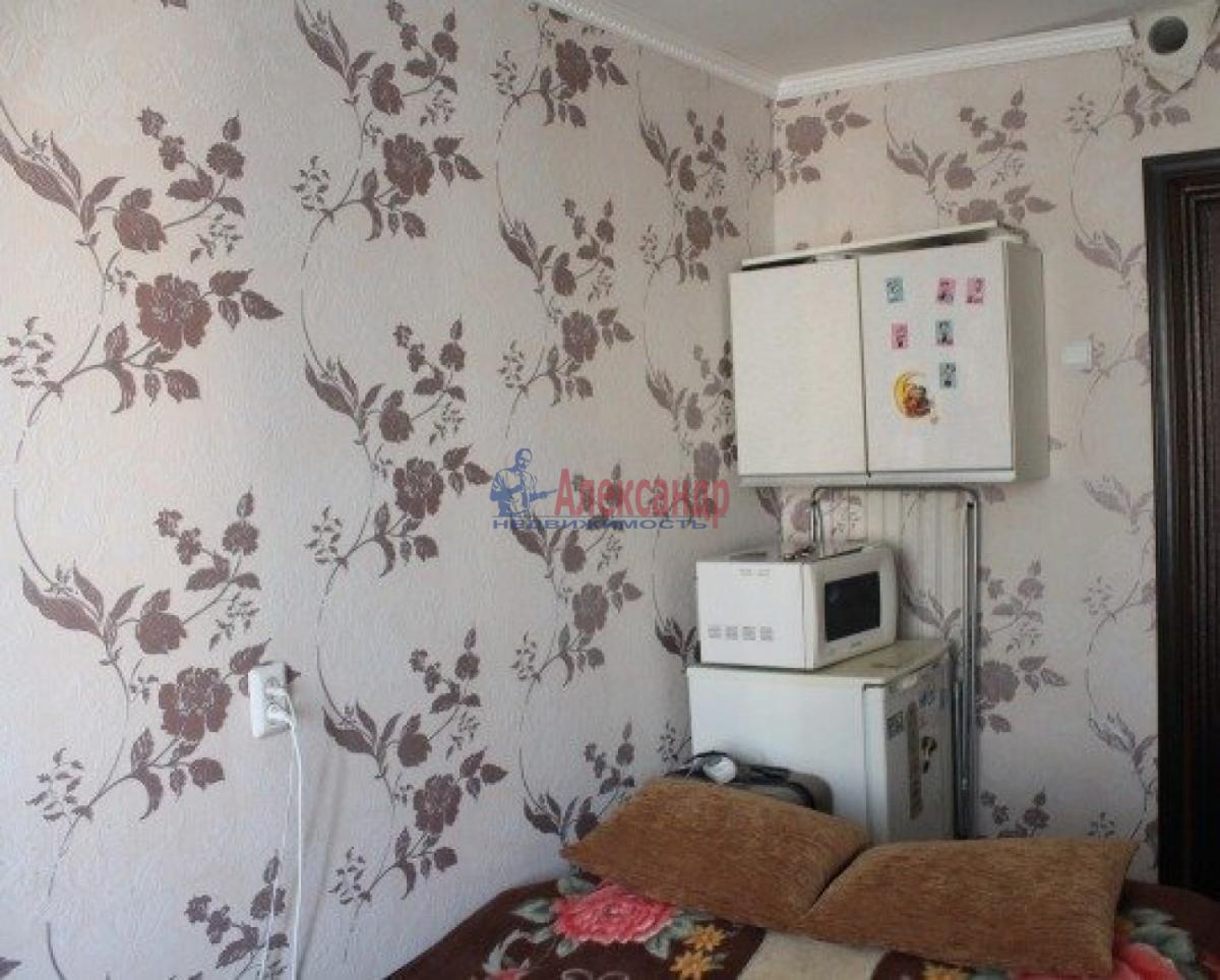 Комната в 3-комнатной квартире (54м2) в аренду по адресу Бассейная ул., 5— фото 3 из 3