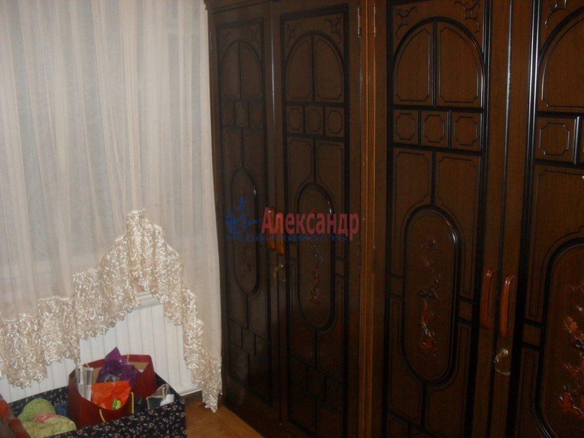 2-комнатная квартира (47м2) в аренду по адресу Будапештская ул., 17— фото 2 из 8