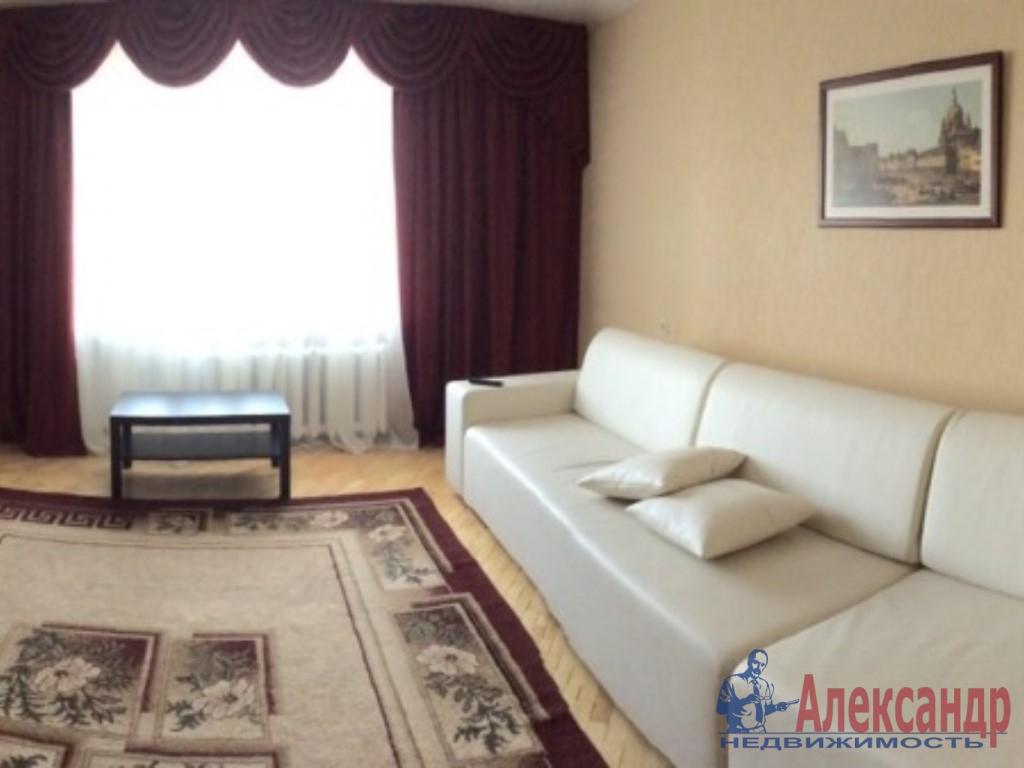 1-комнатная квартира (39м2) в аренду по адресу Бухарестская ул., 146— фото 1 из 4