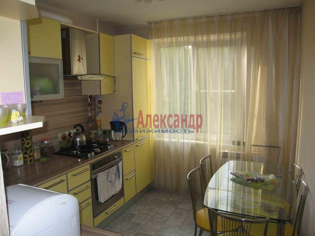 2-комнатная квартира (80м2) в аренду по адресу Асафьева ул., 5— фото 2 из 2