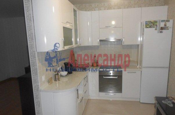 3-комнатная квартира (80м2) в аренду по адресу Сизова пр., 25— фото 1 из 13