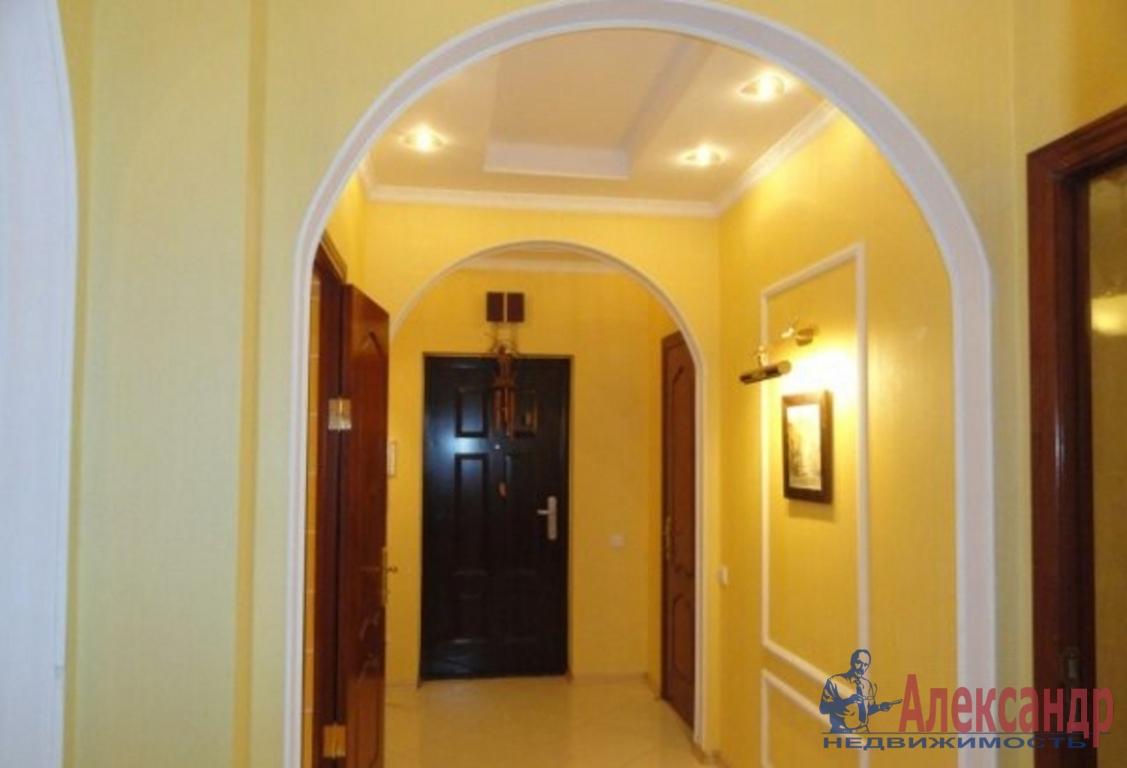 3-комнатная квартира (136м2) в аренду по адресу Большая Морская ул., 13— фото 2 из 4