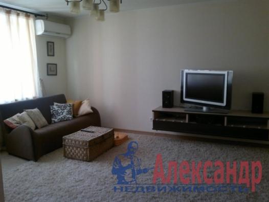 1-комнатная квартира (40м2) в аренду по адресу Автовская ул., 15— фото 3 из 4