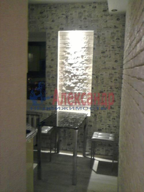 2-комнатная квартира (68м2) в аренду по адресу Малая Морская ул., 13— фото 4 из 13