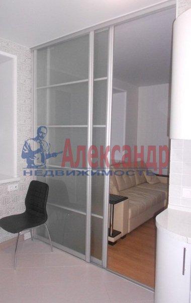 3-комнатная квартира (80м2) в аренду по адресу Сизова пр., 25— фото 8 из 13