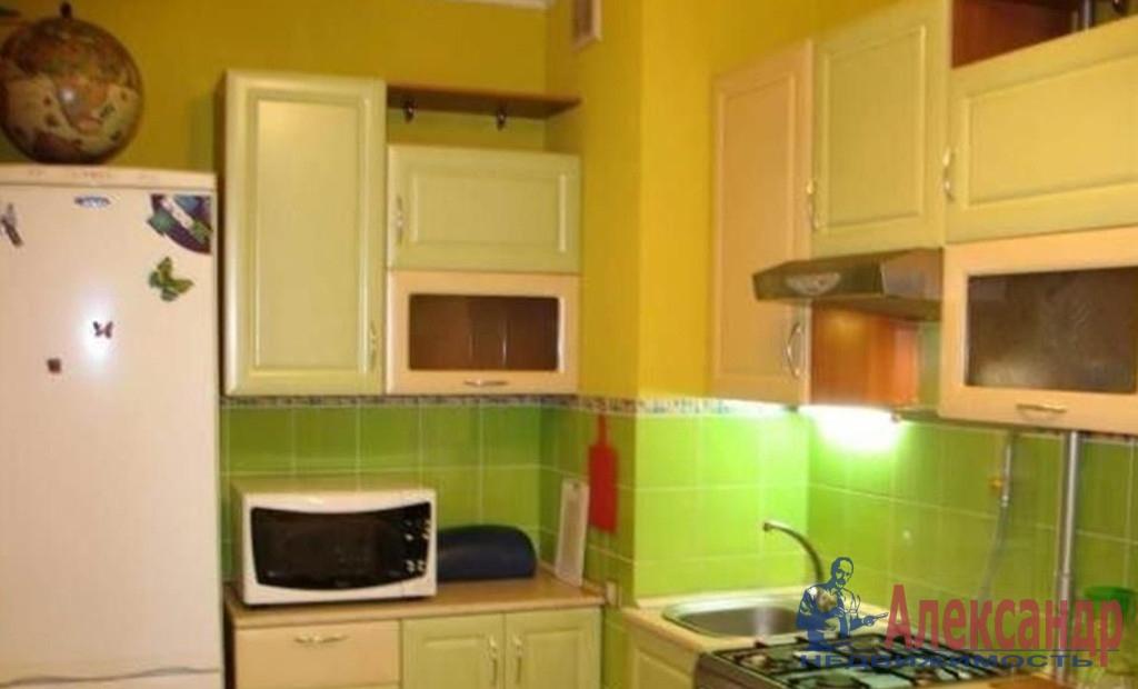 1-комнатная квартира (36м2) в аренду по адресу 8 линия В.О., 73/23— фото 2 из 3