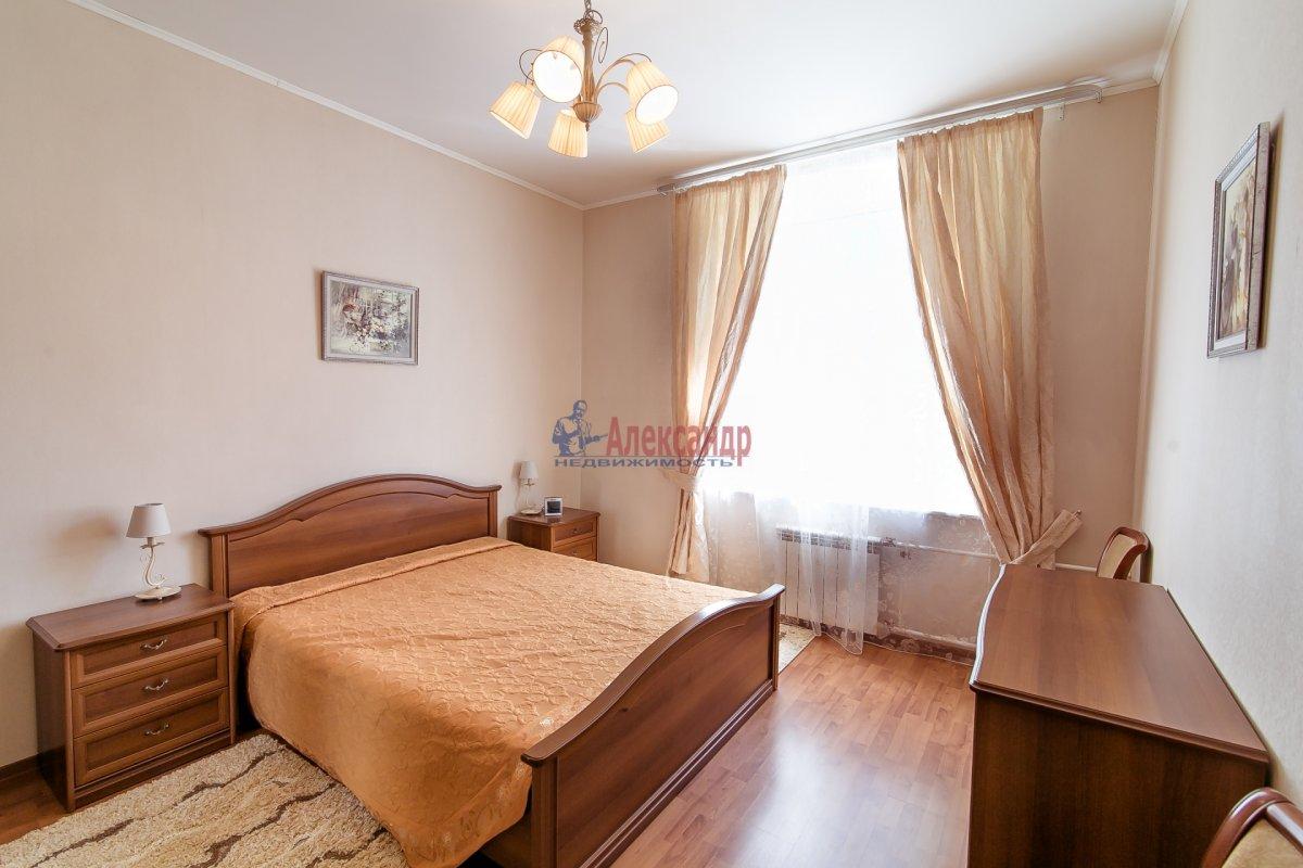 2-комнатная квартира (65м2) в аренду по адресу Алтайская ул., 11— фото 1 из 26