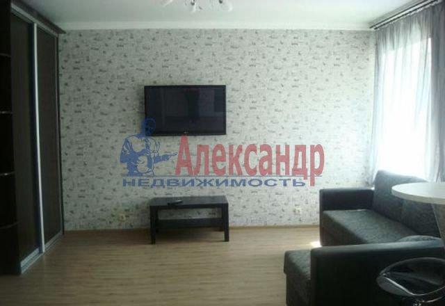 1-комнатная квартира (46м2) в аренду по адресу Сердобольская ул., 57— фото 1 из 4