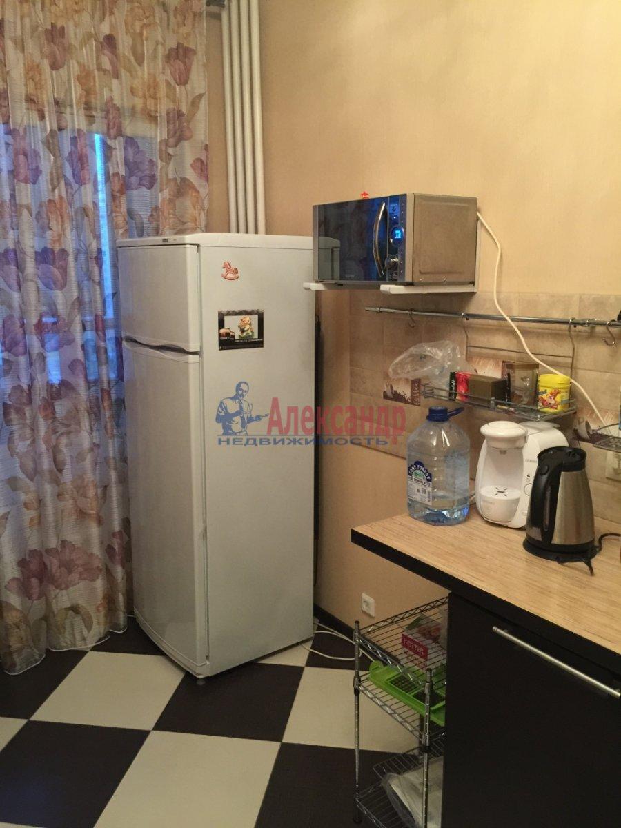 2-комнатная квартира (65м2) в аренду по адресу Богатырский пр., 60— фото 12 из 17