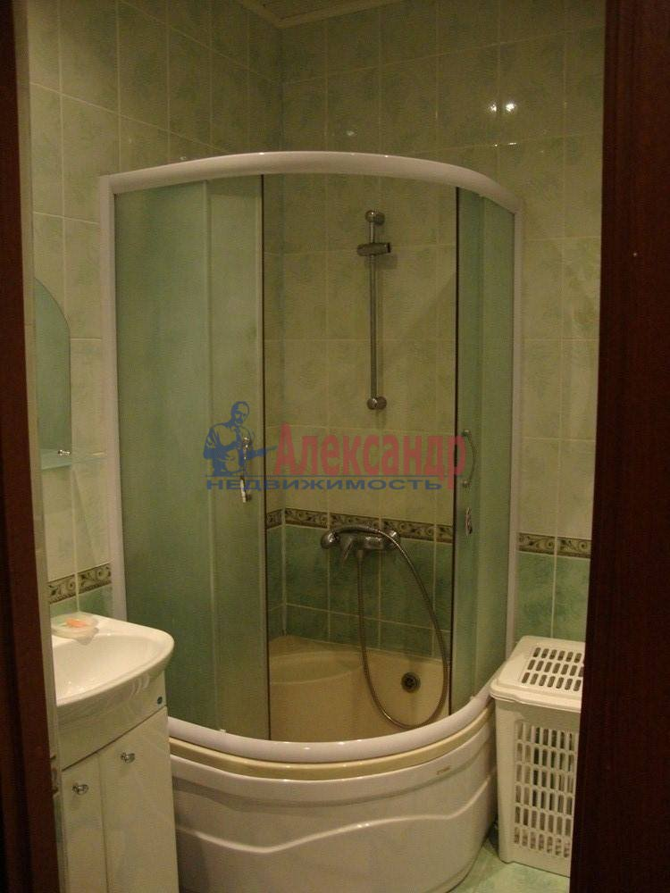 2-комнатная квартира (61м2) в аренду по адресу Солдата Корзуна ул., 4— фото 4 из 8
