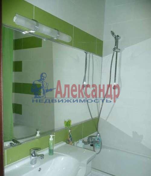 2-комнатная квартира (70м2) в аренду по адресу Выборгское шос., 27— фото 7 из 7