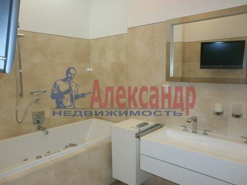 2-комнатная квартира (69м2) в аренду по адресу Кременчугская ул., 11— фото 3 из 11