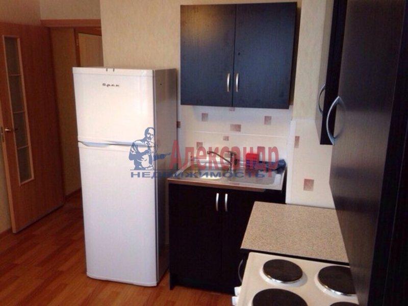 2-комнатная квартира (56м2) в аренду по адресу Савушкина ул., 137— фото 1 из 2
