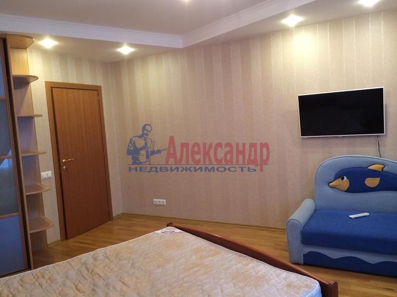 2-комнатная квартира (80м2) в аренду по адресу Выборгское шос., 5— фото 2 из 20