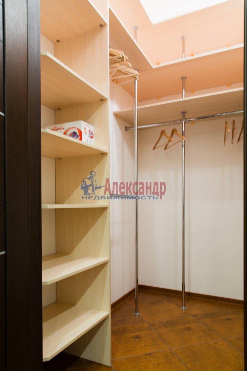 2-комнатная квартира (85м2) в аренду по адресу 26 линия В.О., 15— фото 16 из 16