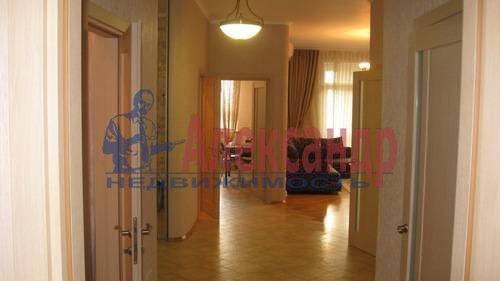 2-комнатная квартира (70м2) в аренду по адресу Мытнинская ул., 2— фото 12 из 12