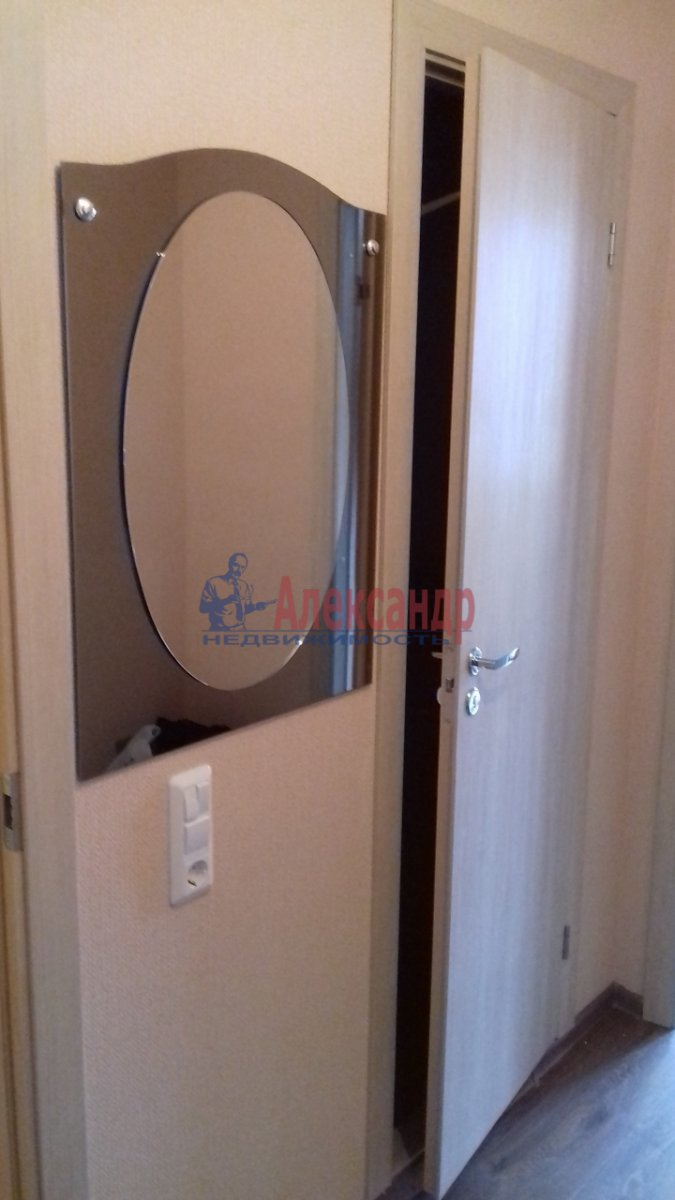 1-комнатная квартира (38м2) в аренду по адресу Яхтенная ул., 30— фото 13 из 15