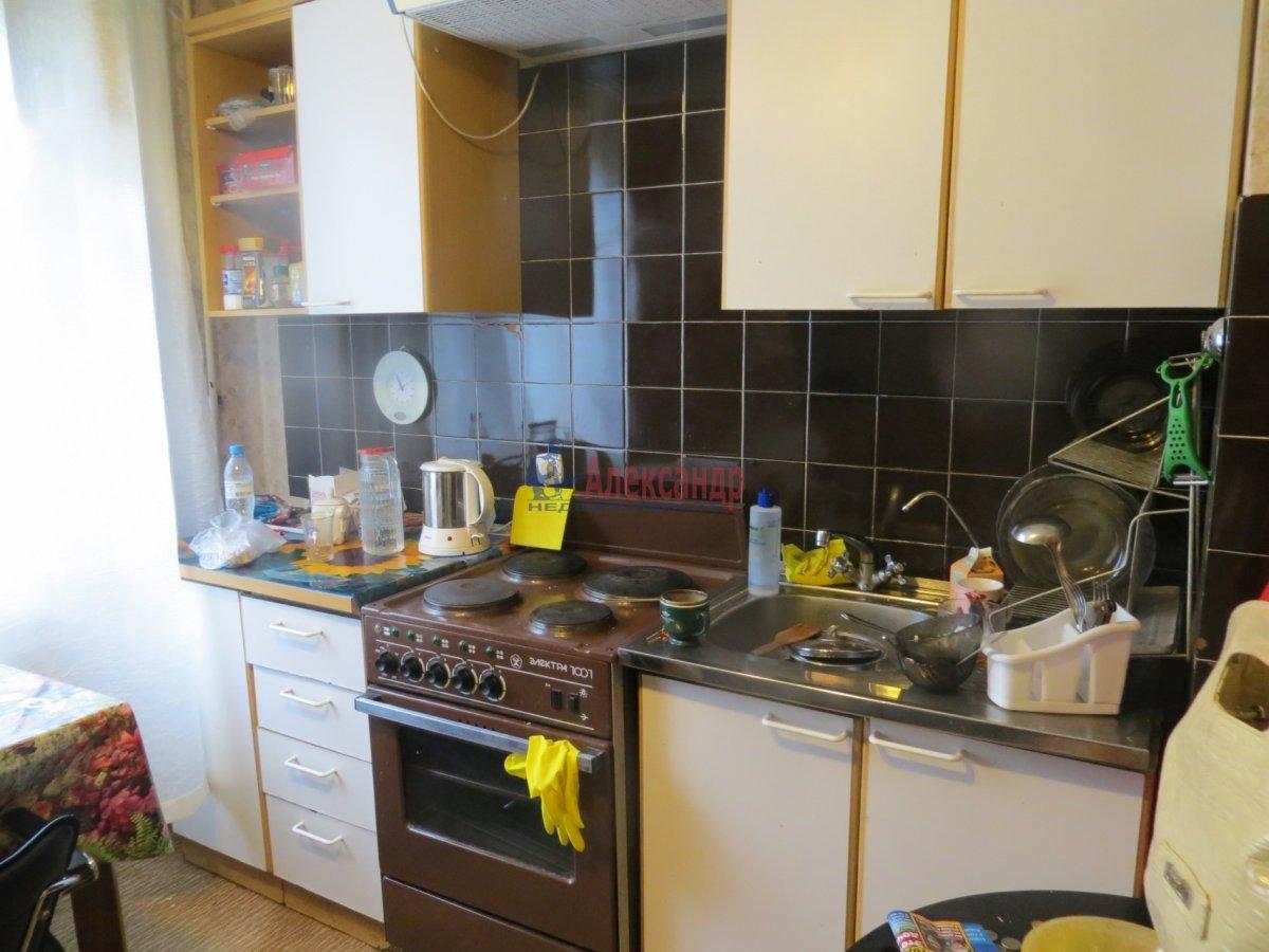 2-комнатная квартира (60м2) в аренду по адресу Маршала Блюхера пр., 48— фото 1 из 4