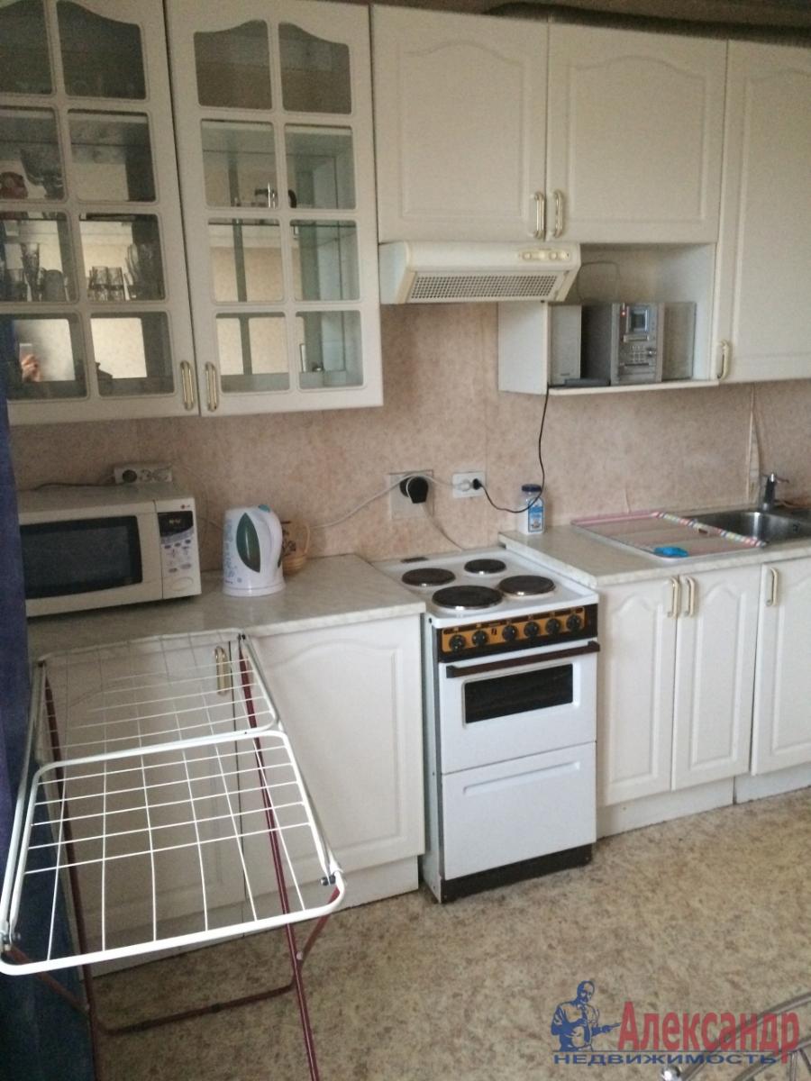 1-комнатная квартира (35м2) в аренду по адресу Ворошилова ул., 11— фото 1 из 5