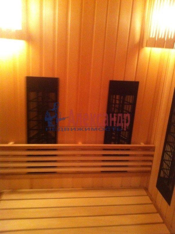 3-комнатная квартира (95м2) в аренду по адресу Стародеревенская ул., 3— фото 8 из 9
