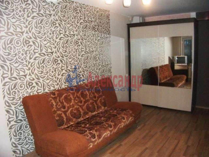 2-комнатная квартира (63м2) в аренду по адресу Канала Грибоедова наб., 12— фото 2 из 5