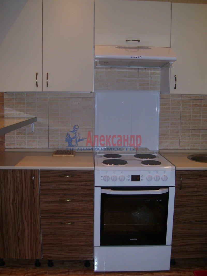 1-комнатная квартира (35м2) в аренду по адресу Маршала Блюхера пр., 21— фото 5 из 10