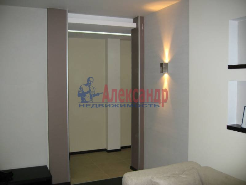3-комнатная квартира (90м2) в аренду по адресу Бассейная ул., 73— фото 11 из 13