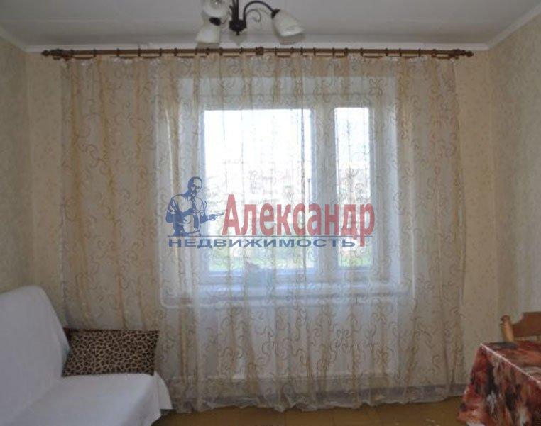 1-комнатная квартира (33м2) в аренду по адресу Купчинская ул., 21— фото 1 из 3