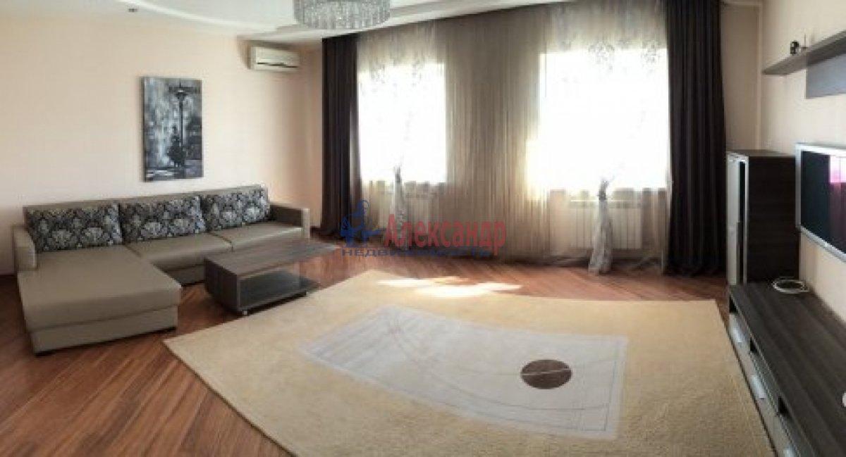 2-комнатная квартира (65м2) в аренду по адресу Московский пр., 153— фото 2 из 7