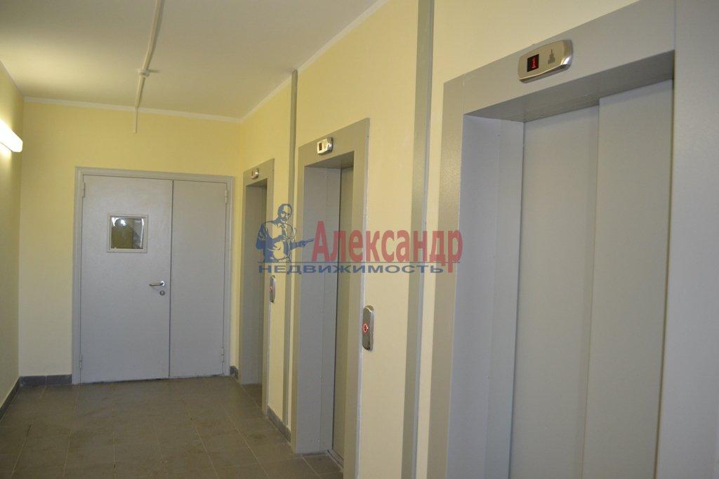 1-комнатная квартира (44м2) в аренду по адресу Бутлерова ул., 11— фото 11 из 16