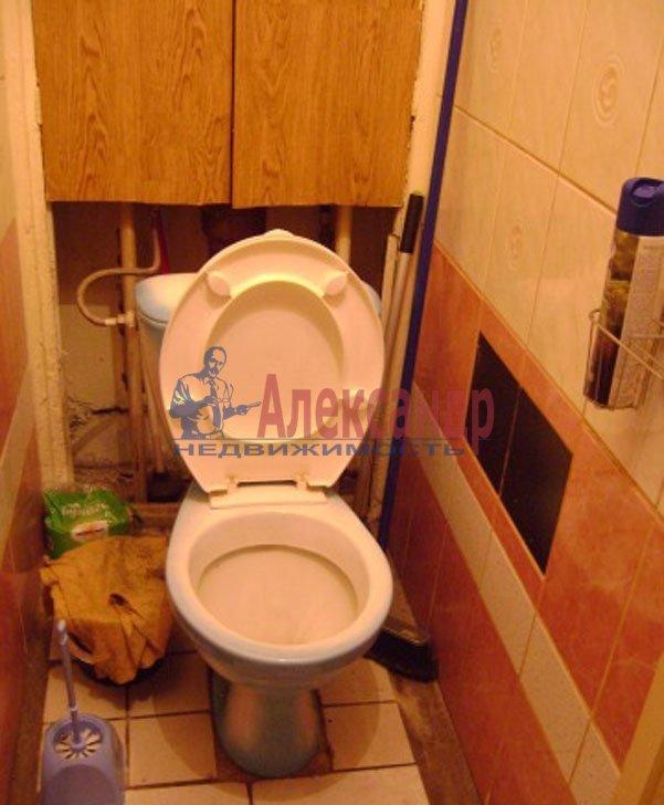 1-комнатная квартира (36м2) в аренду по адресу Подводника Кузьмина ул., 23— фото 4 из 6