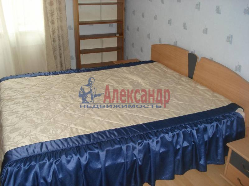 2-комнатная квартира (53м2) в аренду по адресу Шотмана ул., 11— фото 6 из 8