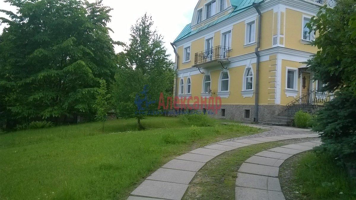 Дом (400м2) в аренду — фото 2 из 14
