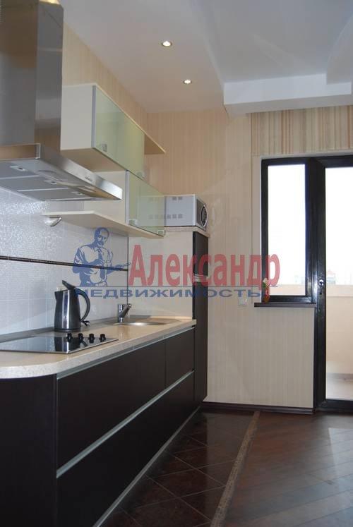2-комнатная квартира (72м2) в аренду по адресу Большая Посадская ул., 12— фото 5 из 6