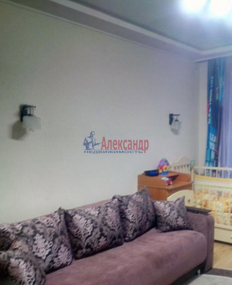 1-комнатная квартира (41м2) в аренду по адресу Летчика Пилютова ул., 50— фото 3 из 5