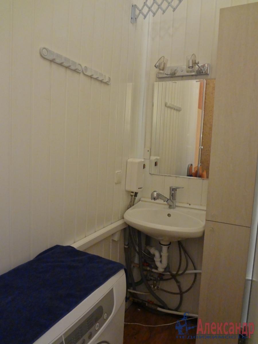 Комната в 4-комнатной квартире (118м2) в аренду по адресу Свечной пер., 7— фото 5 из 5