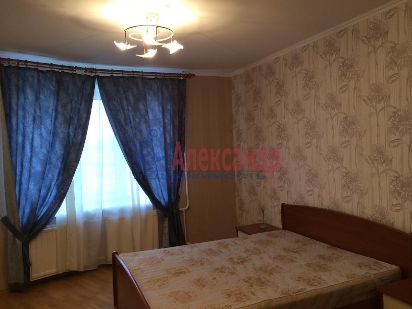 2-комнатная квартира (80м2) в аренду по адресу Выборгское шос., 5— фото 4 из 20