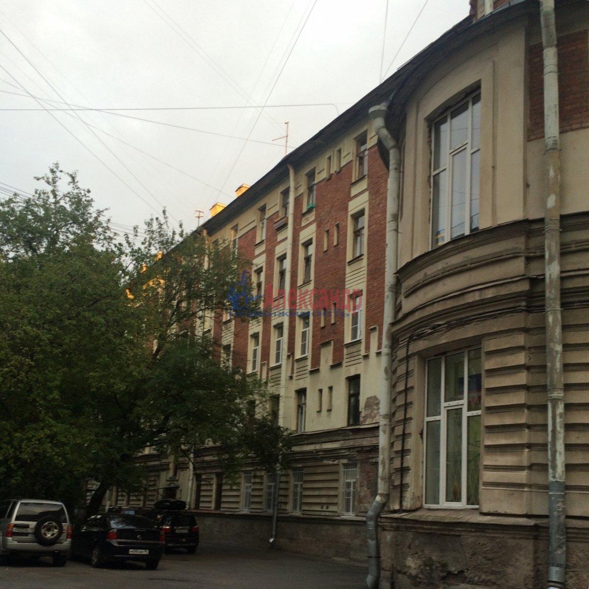 2-комнатная квартира (31м2) в аренду по адресу Гаванская ул., 47— фото 2 из 3