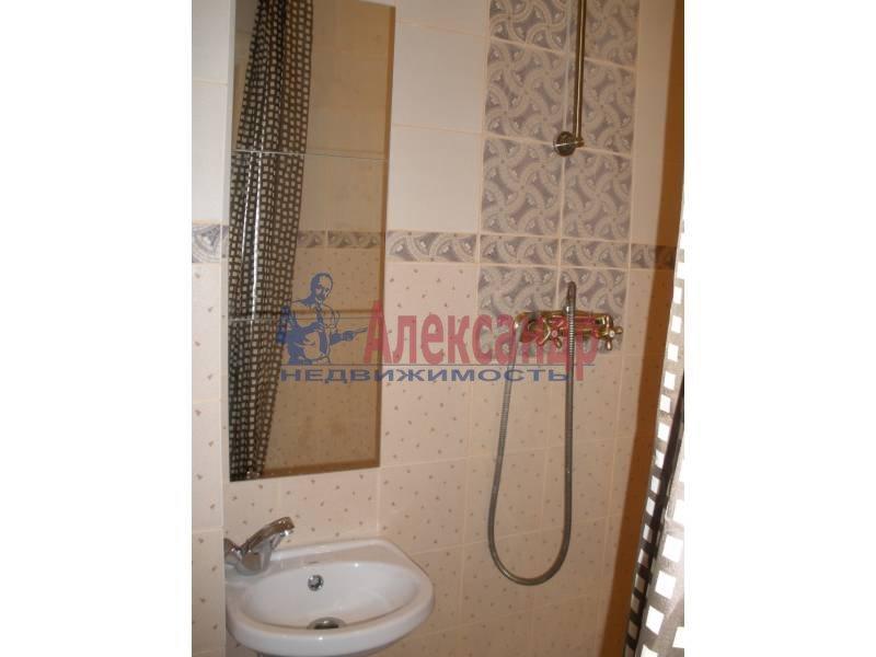 2-комнатная квартира (70м2) в аренду по адресу Морская наб., 37— фото 5 из 8