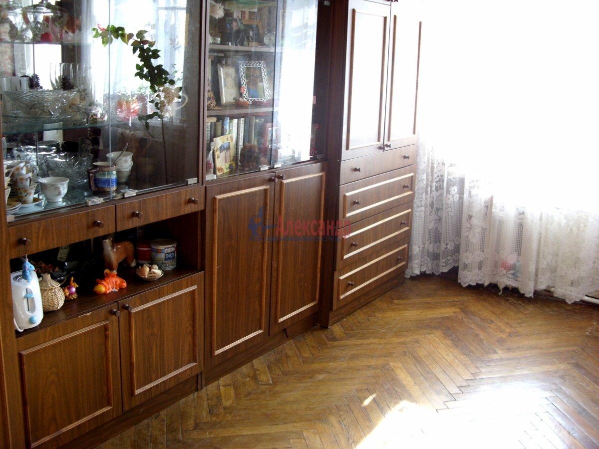 1-комнатная квартира (45м2) в аренду по адресу Асафьева ул., 12— фото 1 из 4