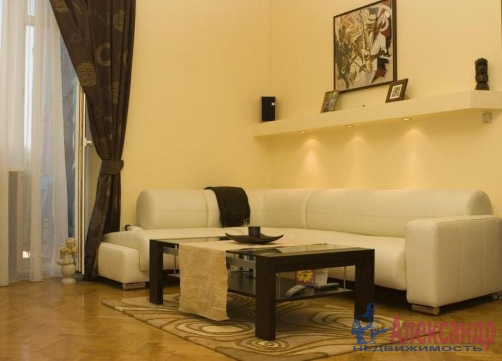 1-комнатная квартира (52м2) в аренду по адресу Беринга ул., 27— фото 1 из 3