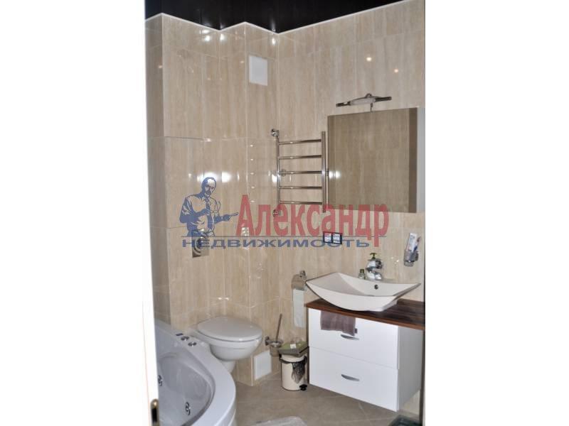 3-комнатная квартира (107м2) в аренду по адресу Большой Сампсониевский просп., 4-6— фото 6 из 6