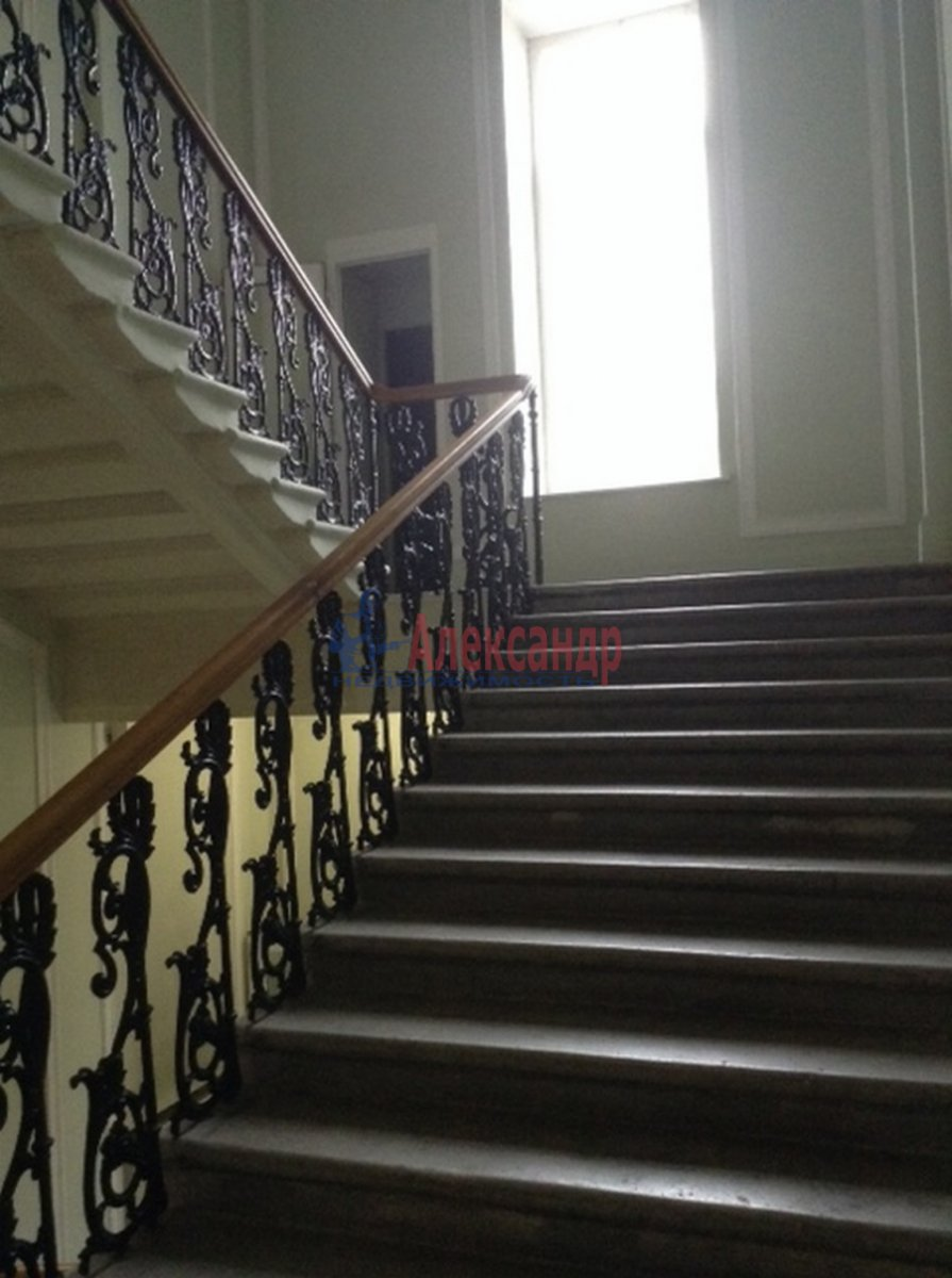 5-комнатная квартира (260м2) в аренду по адресу Рубинштейна ул., 36— фото 3 из 14